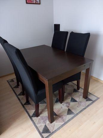 Rozkładany stół w bardzo dobrym stanie + krzesła