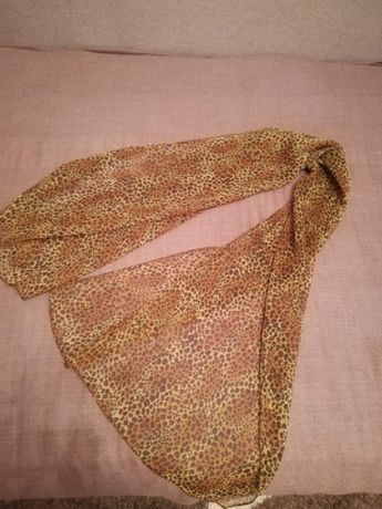 новый шарф и платок.