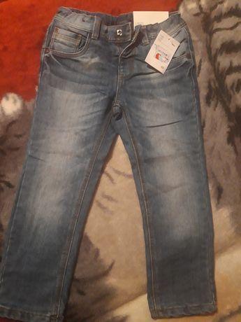Jeansy chłopięce  110