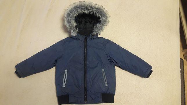 Куртка весна-осень на мальчика 2-4 лет.