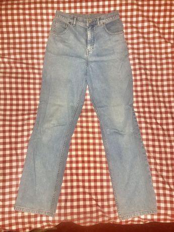 Мужские джинсы светлые