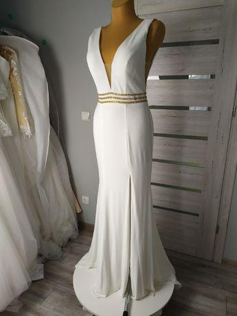 prosta elegancka suknia ślubna ivory z dekoltem V i rozcięciem 38, 36