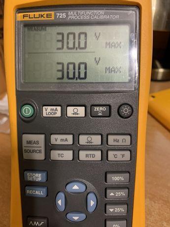 Продам Срочно ! Калибратор Fluke 725/Calibrator Fluke 725