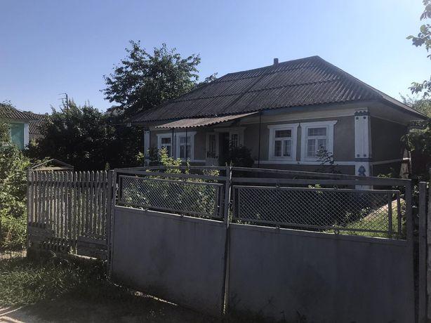 Продам будинок з присадибною ділянкою