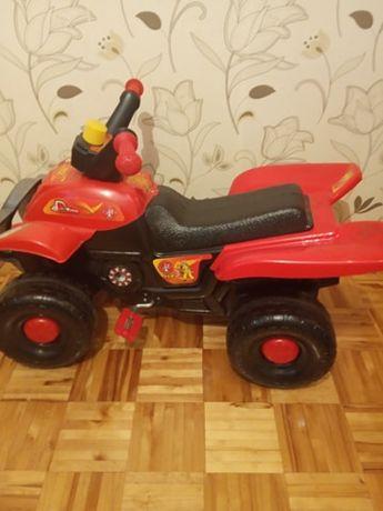 jeździk quad dla dzieci na pedały
