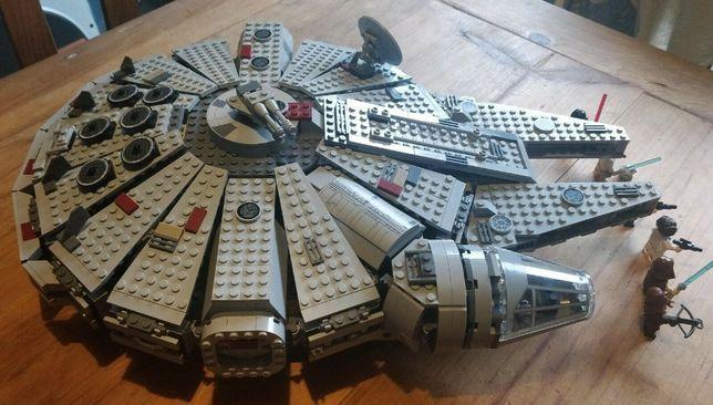 Lego STAR WARS 7965 Sokół Falcon Millennium z instrukcją