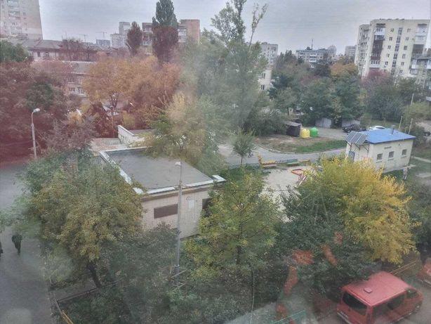 3 комнатная Севастопольская площадь.