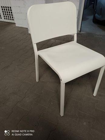 Krzesło biale ikea