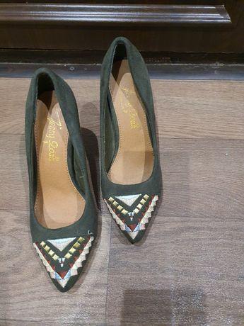 Туфлі жіночі. Італія.