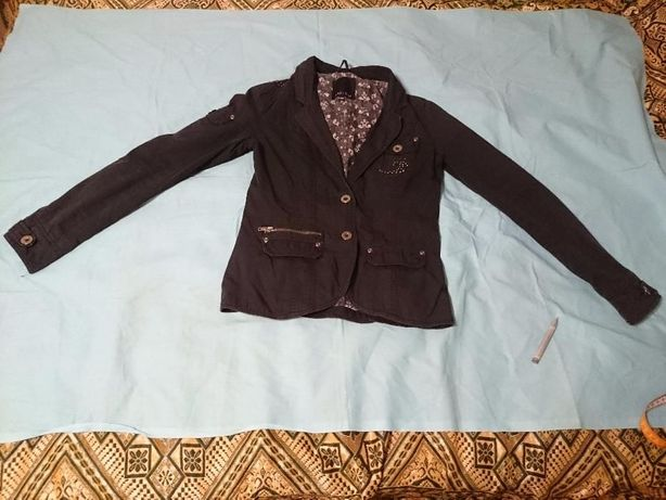 чёрный пиджак Amisu p-p 36