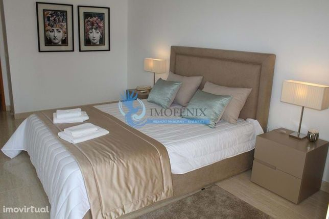 Apartamento T1 com Piscina em Porches/Alporchinhos - Para Férias