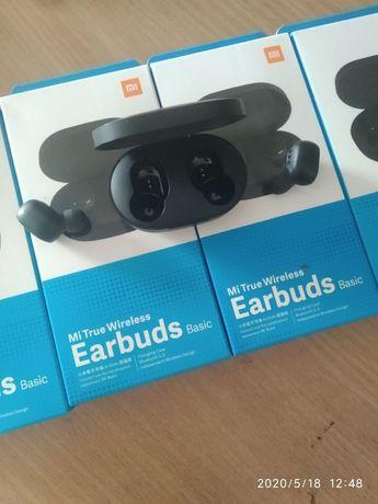 Безпроводные наушники Xiaomi Earbuds/AirDots