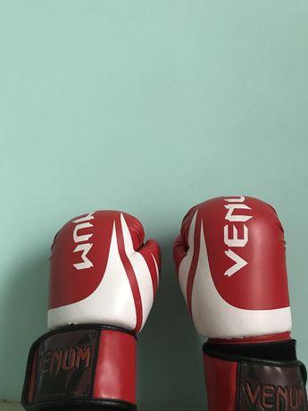 "Боксёрские перчатки «Venom"""
