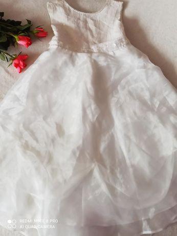 Biała sukienka 110/116 4 latka
