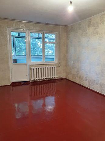 Продам 2 х комнатную квартиру с раздельными комнатами на Полевой