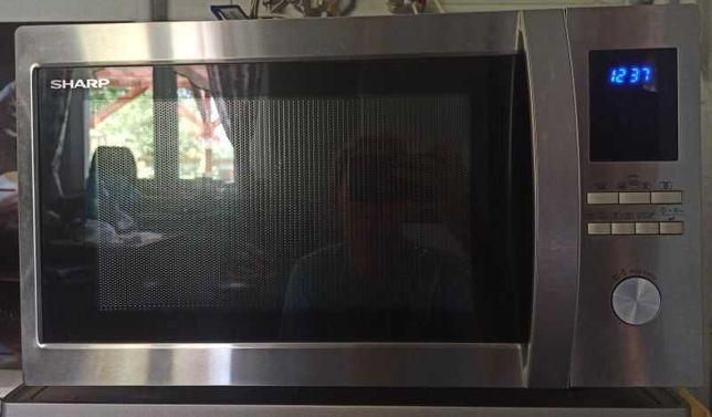 Kuchenka mikrofalowa SHARP 42 litry, mikrofale 1000W, grill,termoobieg