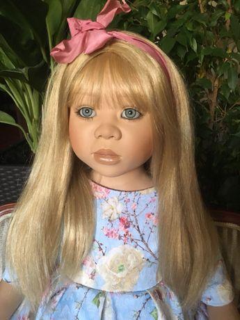 Коллекционная фарфоровая кукла от Кристин Оранж