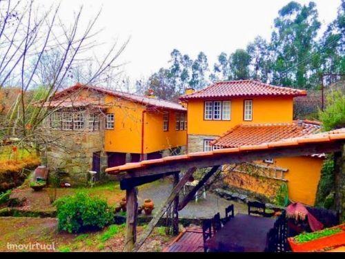 Quinta 2 casas rústicas - Lote de 4000m2 - Povoa de Lanhoso - Calvos