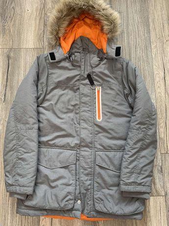 Куртка H&M 140см