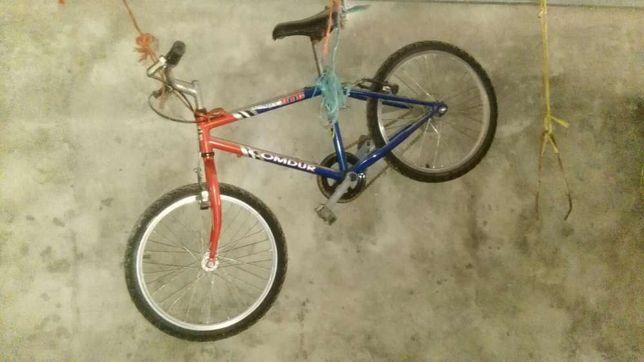 Bicicleta para criança em bom estado