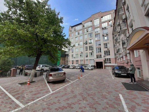 Аренда офиса в новом БЦ на Кудрявском спуске (52 м2)