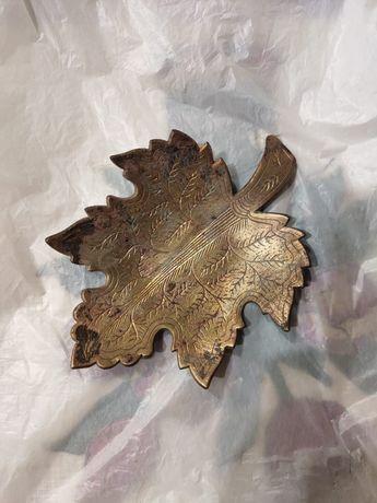 Колекционная пепельница лист листок бронза Индия