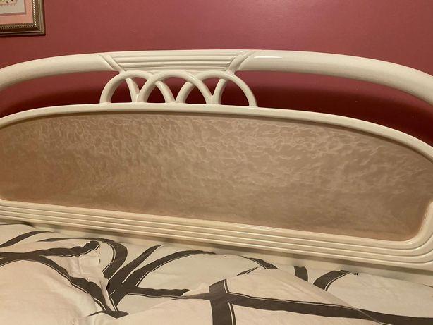 Mobília lacada - Alto brilho