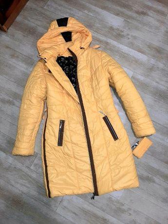 Очень теплое пальто в отличном состоянии