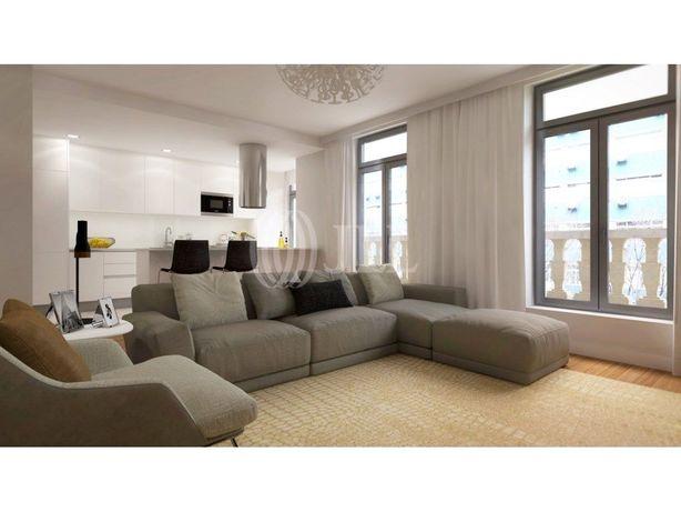 Apartamento T2, novo, com varanda e um lugar de garagem n...