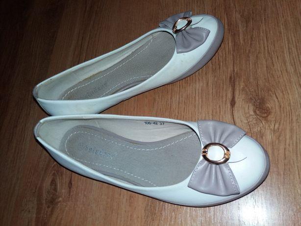 Балетки туфли как новые