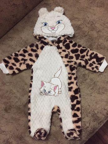 Комбинезон для малыша новый и очень тёплый