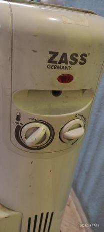 Обогреватель масляный. Радиатор масляный, безопасный обогреватель.