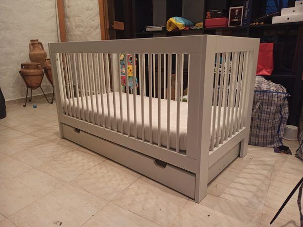 Детская кроватка Pinio Basic (Польша) 140x70 с матрасом Breckle Kima B