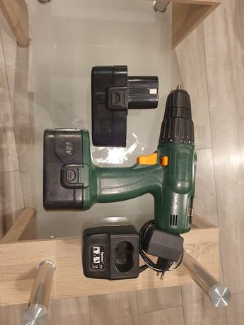 Wkrętarka sprawna dwie baterie 12v