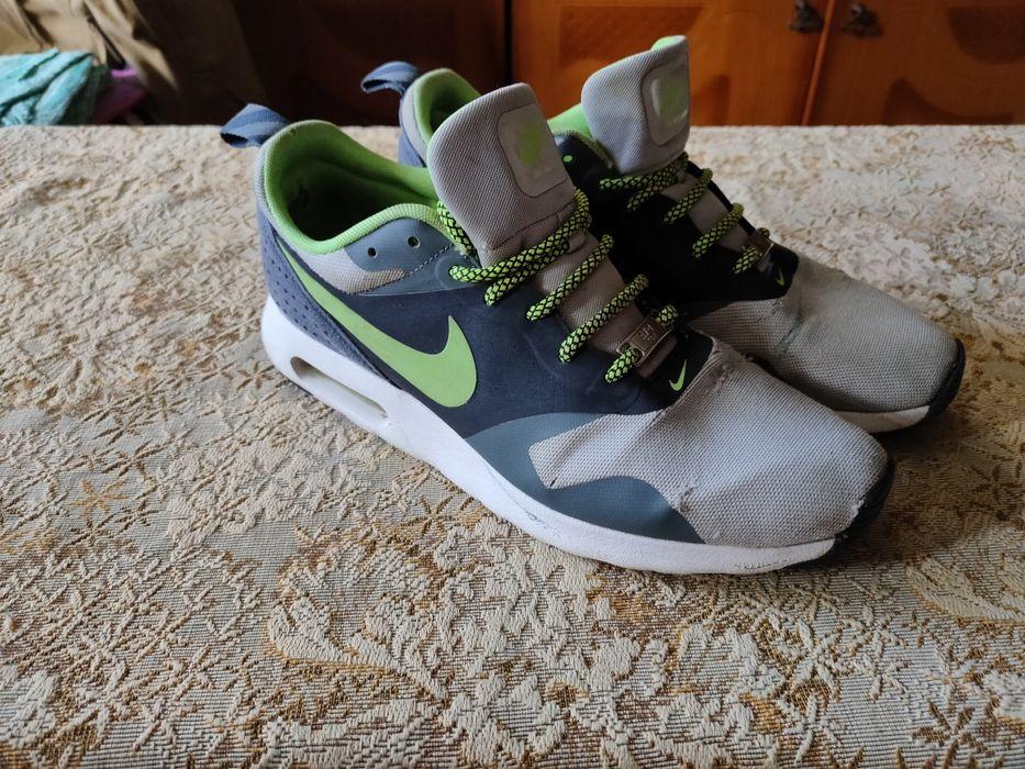 Продам оригинальные кросовки Nike Air Max Tavas 43 размера Чугуев - изображение 1