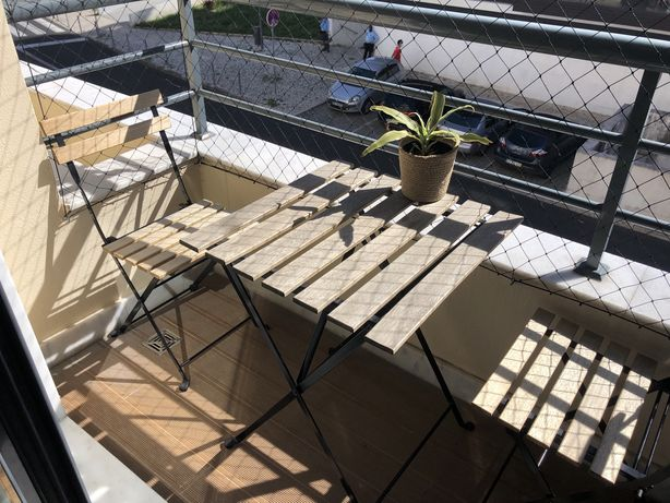 Conjunto mesa e 2 cadeiras exterior