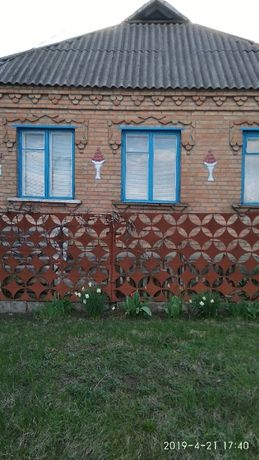 Будинок в селі Бережинка
