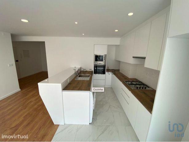 Apartamento - 125 m² - T4