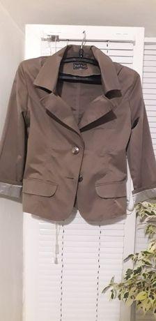 Стильный пиджак цвета капучино
