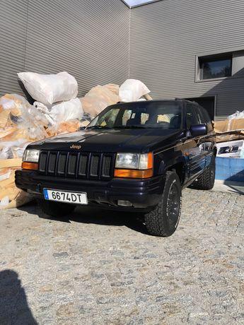 Jeep Cherokee 5.2 V8 50€IUC