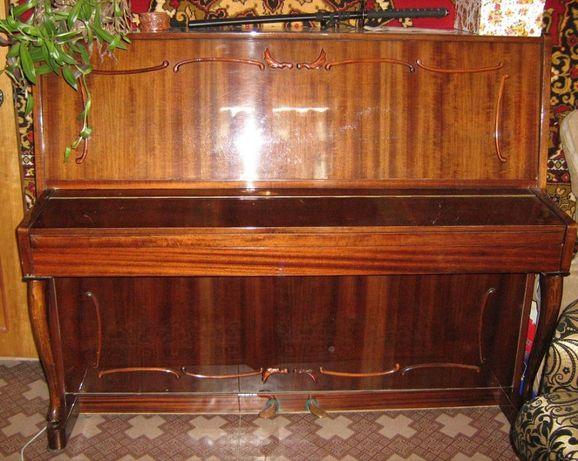 Пианино Украина коричневое полированное