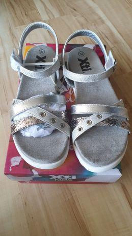 Śliczne sandałki firmy XTI 34