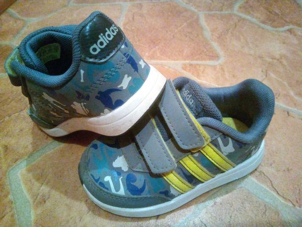 Кроссовки, ботиночки