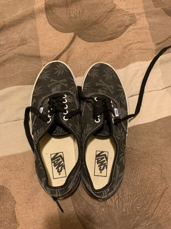 Vans authentic Skull sneakers tamanho 42,5