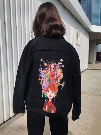 Джинсовая куртка с пучной росписью