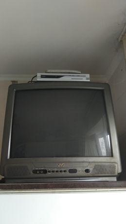 Комплект телевизор JVC AV-2113EE + цифровой тюнер
