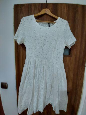 Sukienka letnia ażurowa L