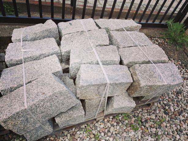 Kamień Murowy Granitowy Szary 20/20/40 - nowoczesne aranżacje