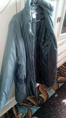 Продам спортивное пальто Адидас