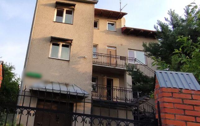 Продам будинок з ділянкою в Солонці одразу біля ТЦ Ашан
